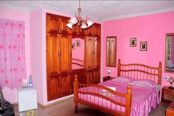 Osmary Alberto Trinidad Cuba Bedroom 2