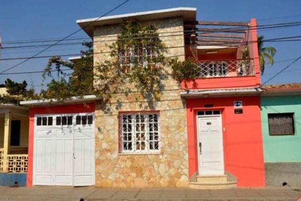 Osmary Alberto Trinidad Cuba External View