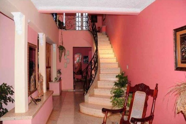 Osmary Alberto Trinidad Cuba Hallway