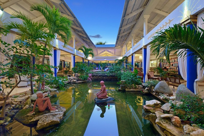 Paradisus Rio de Oro Hotel Lobby