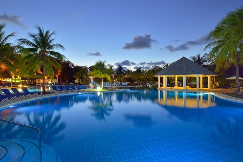 Paradisus Rio de Oro Swimming Pool Evening