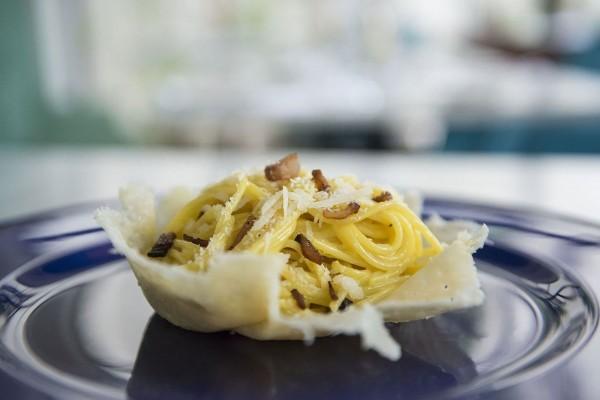 Paseo 206 Restaurant Food Spaghetti alla carbonara