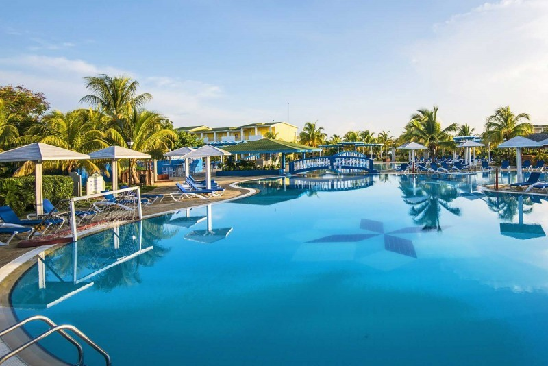 Playa Coco Hotel Swimming Pool View 2
