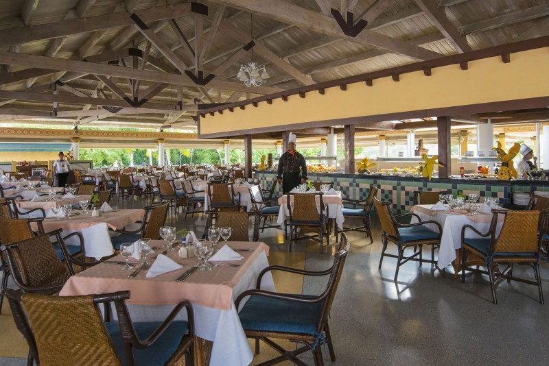Playa Pesquero Cuban Buffet Restaurant
