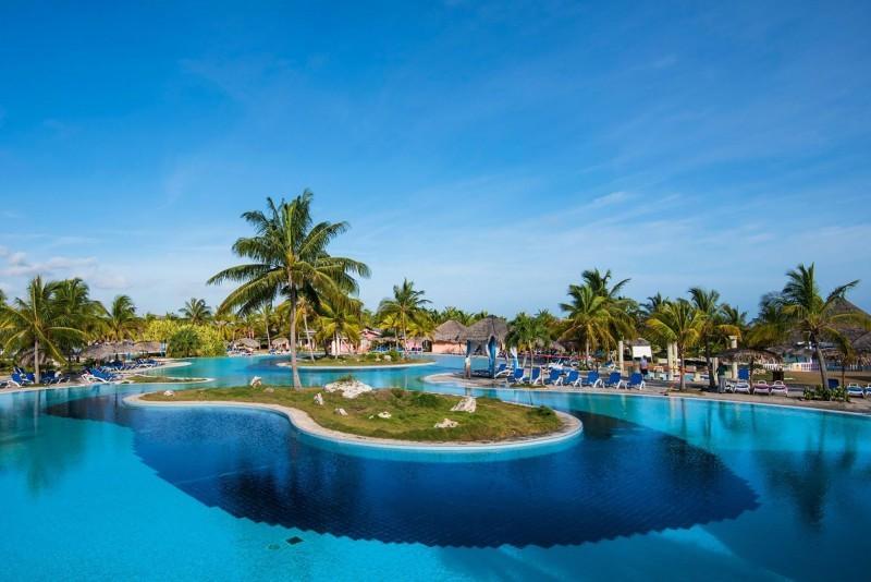 Playa Pesquero Swimming Pool
