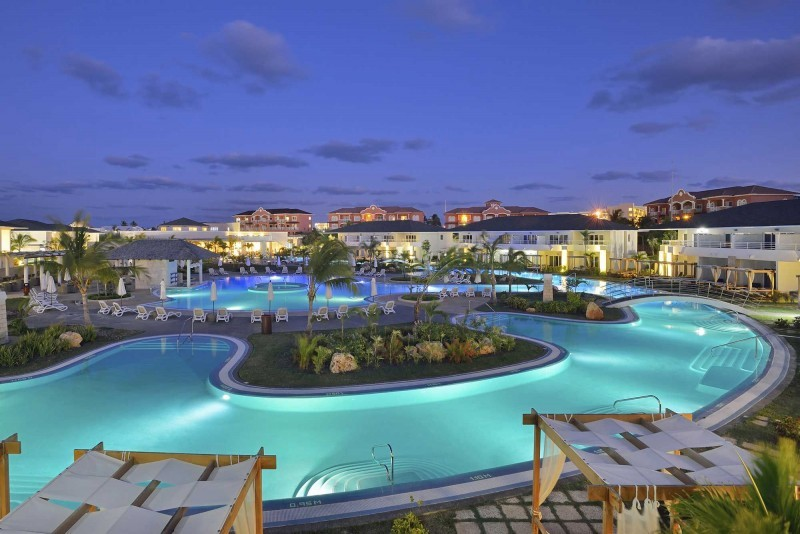 Paradisus Princesa del Mar Royal Service Swimming Pool At Night