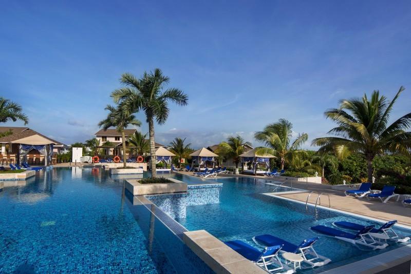 Royalton CSM, Cayo Santa Maria view of pool