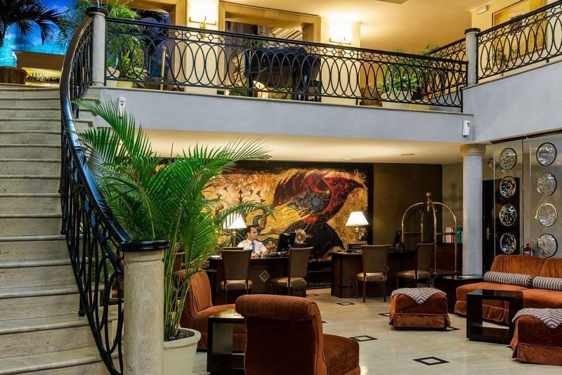 Saratoga Hotel Havana Hotel Stairs and Balcony