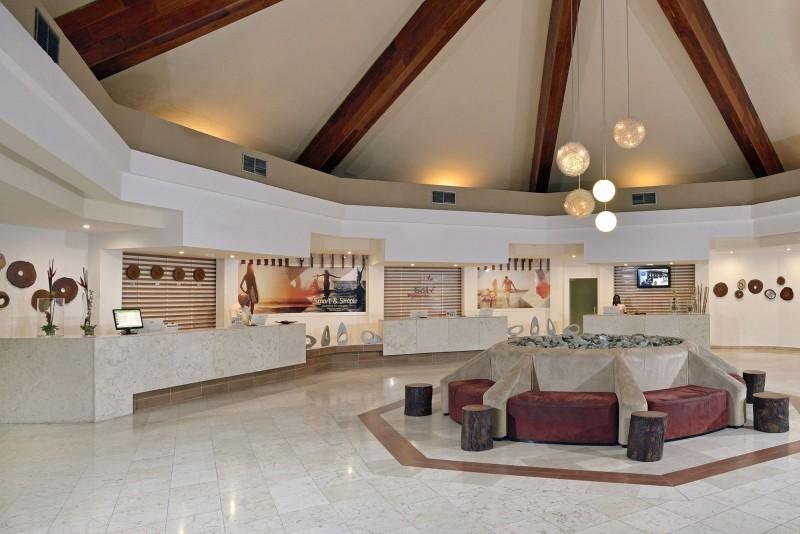 Sol Palmeras Hotel Reception