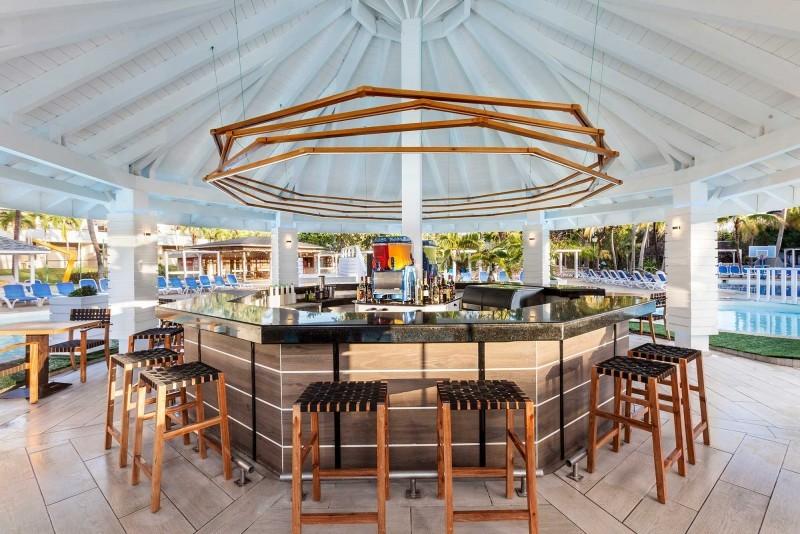 Sol Palmeras Pool Bar