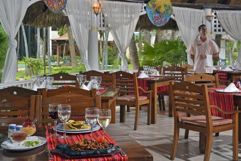 Sol Palmeras Pool Restaurant