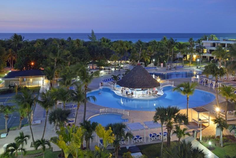 Sol Palmeras, Varadero evening pool view