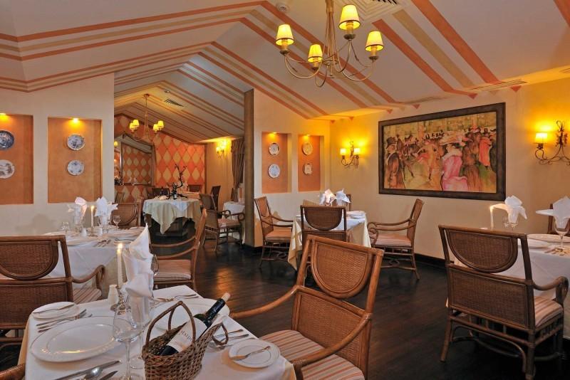 Sol Rio Luna Mares Bistro Restaurant